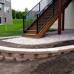 Brick-paver-patio-retaining-wall-2-Concrete-ExcellenceBurnsville-MN