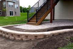 Brick-paver-patio-retaining-wall-2-Concrete-ExcellenceBurnsville-MN