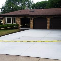 Concrete-New-Driveways-Concrete-Excellence-Burnsville-MN
