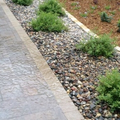 Paver-sidewalk-with-border-Concrete-Excellence-Burnsville-MN